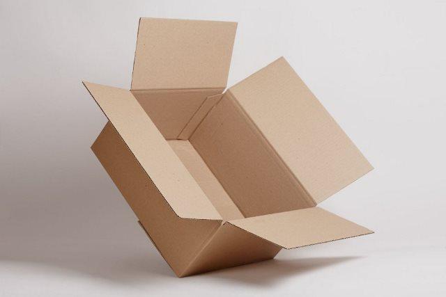 Четырехклапанные коробки из гофрокартона